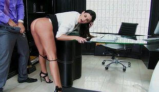 Sexually excited cougar seduces workmate and bonks in office