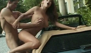 Smokin' hot Tera Patrick nailed doggy style outdoor