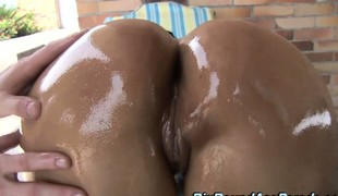 amatør brunette milf ass handjob