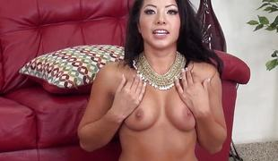 Morgan Lee pussy fucked during livechat