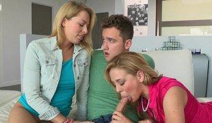 tenåring blonde amerikansk milf gruppe