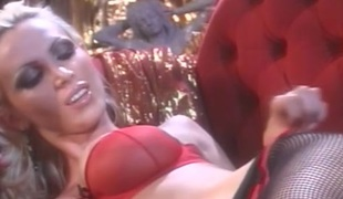 lesbisk store pupper fetish strømpebukse BH