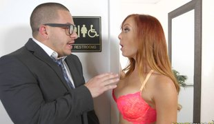 Redhead cougar with nice butt having her taut pussy throbbed in office