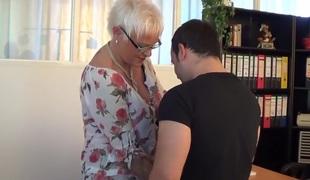 amatør blonde store pupper moden tysk