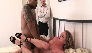 hardcore blowjob interracial svart stor kuk