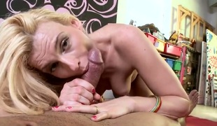 Blonde Darryl Hanah has fire in her eyes as this babe enjoys fucking
